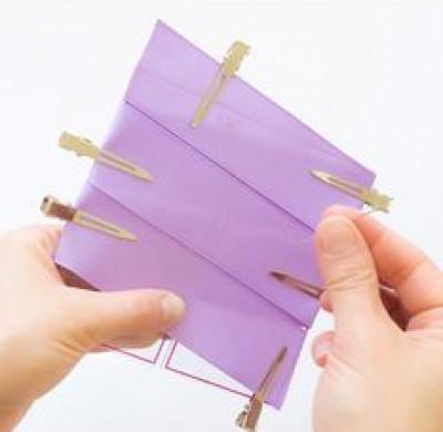 Cắt bỏ phần dây vải ta được như hình.