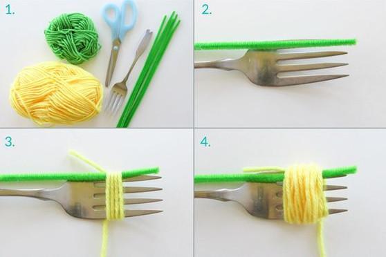 quấn len vào rĩa nhiều vong. tùy theo bạn muốn làm bông to hay nhỏ