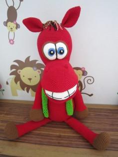 Móc ngựa đỏ cười duyên :D chất liệu len cotton milk