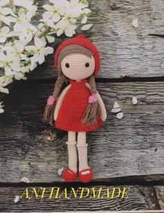 Búp bê váy đỏ