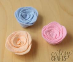Hướng dẫn cách làm hoa đơn giản từ vải dạ.