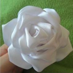 Hướng dẫn cách làm hoa hồng từ vải lụa